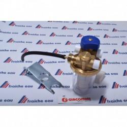 filtre à mazout  aspiration monotube avec tube de purge d'air et vanne de sécurité GIACOMINI , avec patte de fixation  et tamis