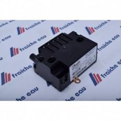 le transfo haute tension DANFOSS  permets à l'arc électrique  entre les électrodes d'allumer la flamme du brûleur