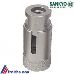 forage sans éclats dans le grès Céram avec le trépan diamanté SANKYO 35 mm à sec avec une disqueuse d'angle