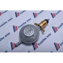 détendeur final gaz calibré à 37 mbar 1,5 Kgs/h   tetine / pol